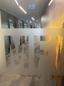 glass-door-with-MFI-etched